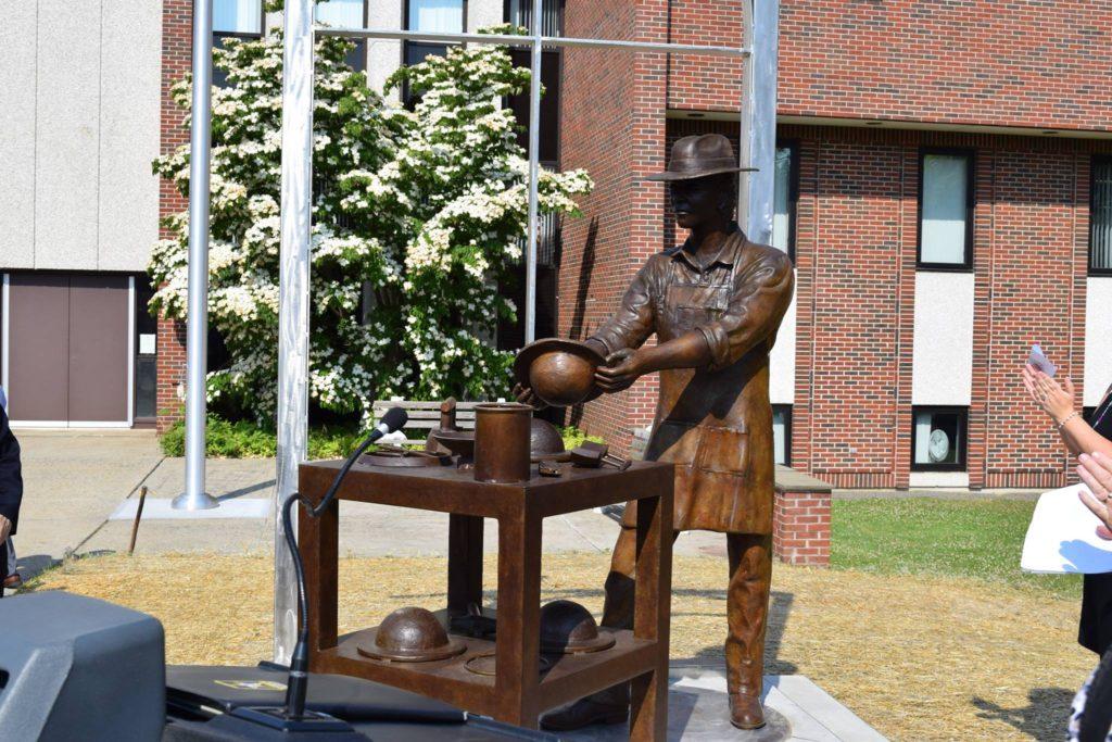 Heritage Plaza: Celebrando la Historia y Diversidad Cultural de Danbury