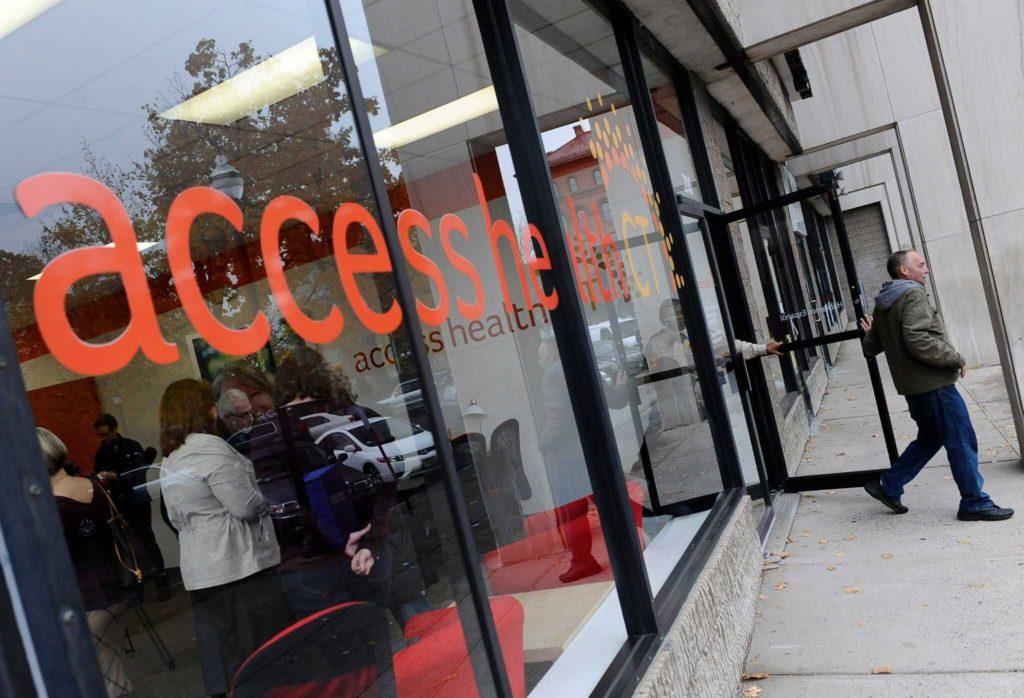 Mercado de Seguro de Salud de CT enfrenta Retos Mayores a Medida que Salen las Compañías de Seguro