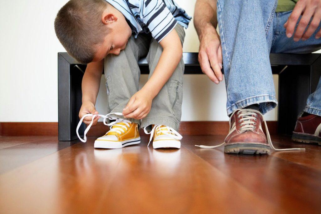 Pero Toma Tanto Tiempo: Ayude a Su Hijo a Ser Autosuficiente