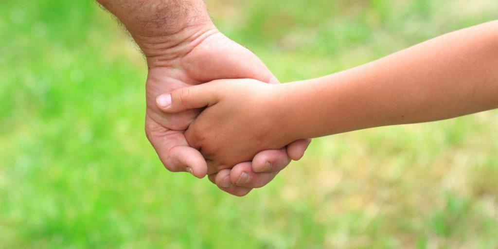 Historia de una Familia Sobre Acojer y Adoptar