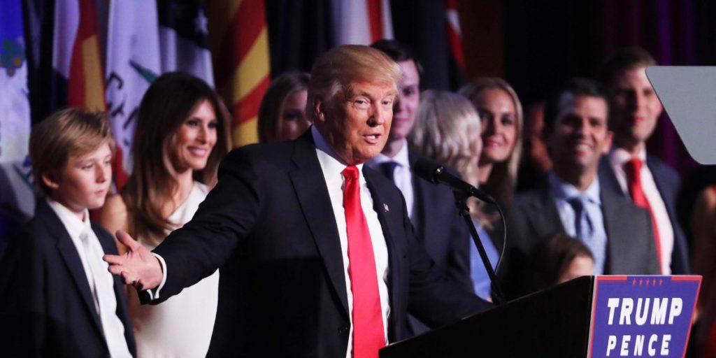 ¿Quién es Donald Trump Cuando Está Solo?