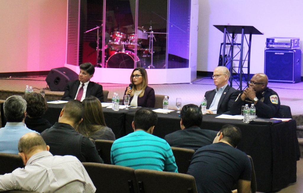 Serie Diálogo Comunitario – PARTE I: El Alcalde Boughton Habla Sobre ICE