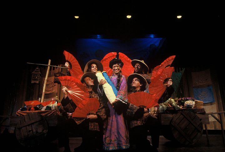 Serie de la Familia de la Academia de Ridgefield: La Canción de Mulan