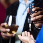 Aumente Sus Ánimos, Pero Conozca Sus Límites El Alcohol y las Festividades: Lo que Necesita Saber