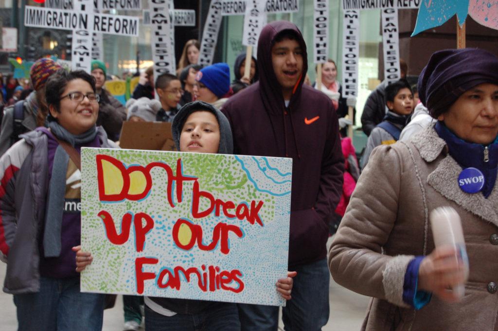 Noticia de DACA: No Hay Tal Cosa como Migración en Cadena
