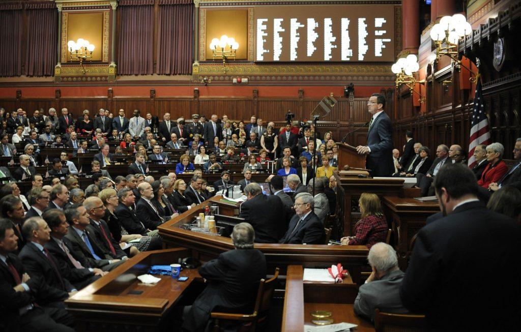 Acuerdo Presupuestario Ofrece Bastante para Connecticut