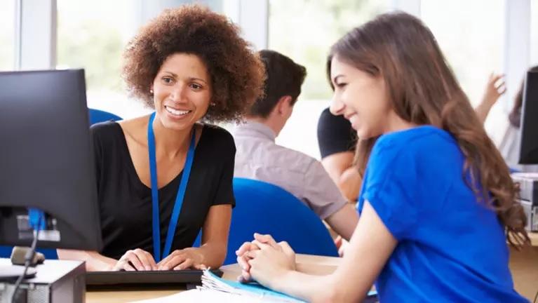 Mentores Marcando la Diferencia – Una Hora a la Vez