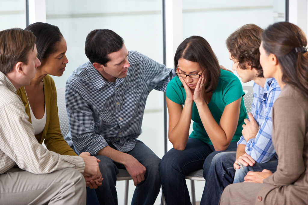 Se Requiere una Comunidad Solidaria para Ayudar a Combatir la Depresión