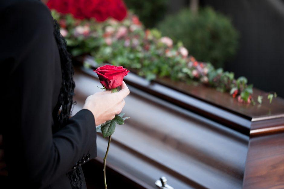 Estafas de Casas Funerarias que Debemos Evitar