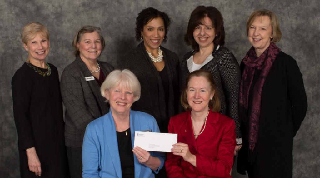 Fundación Savings Bank of Danbury Apoya Nuevo Sitio Web Comunitario de Vida Sana