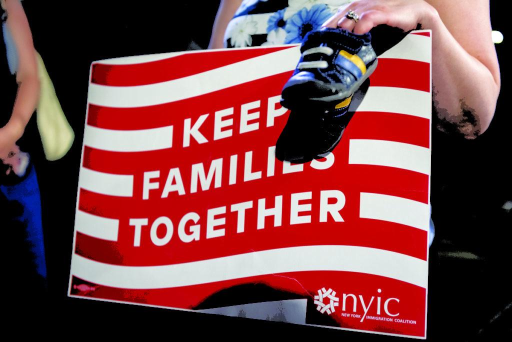 Federales Otorgan un Año de Permanencia a Dos Niños Inmigrantes en Connecticut