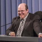 Celebraciones Festivas en Todo el Mundo con el Orador Invitado Benjamin Teixeira