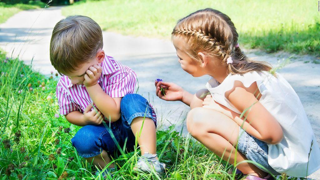 Criando Niños en Tiempos Difíciles