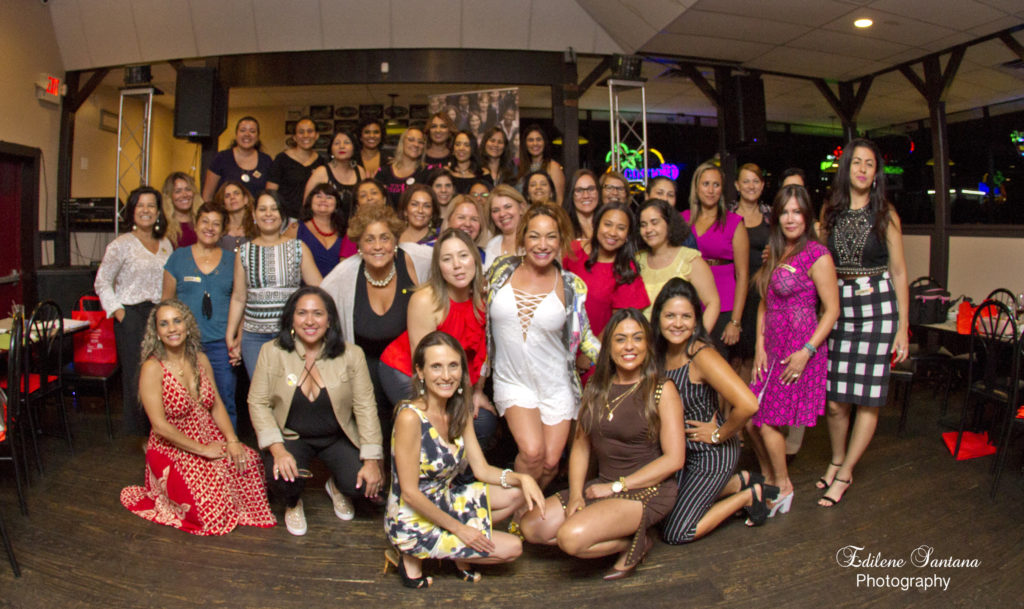 Grupo de Mujeres Emprendedoras Amplía Red de Profissionales em Connecticut